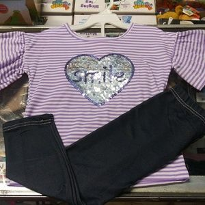 Other - Nwt 2 pc set leggings top striped